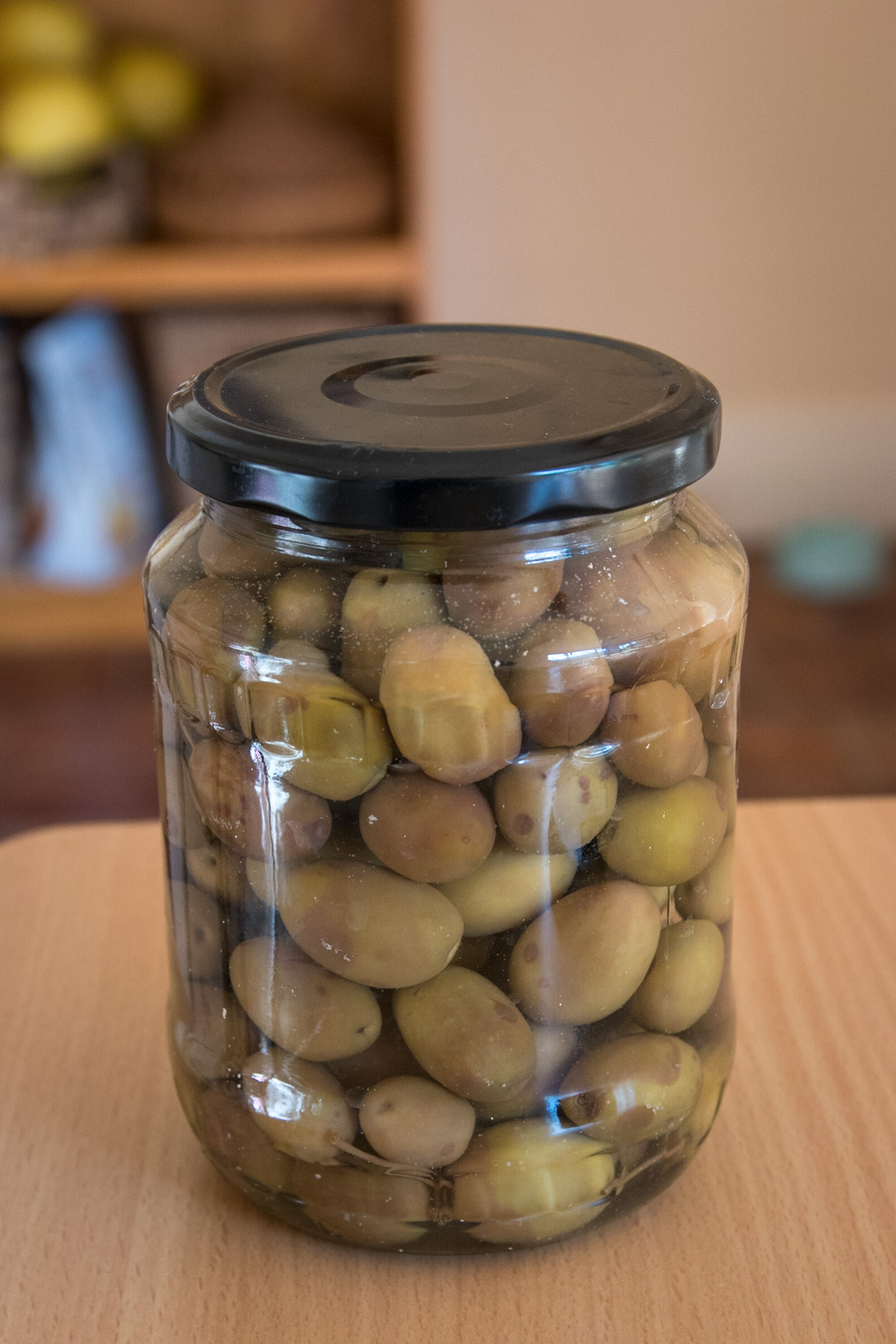 Olives, jarred up and ready to eat.